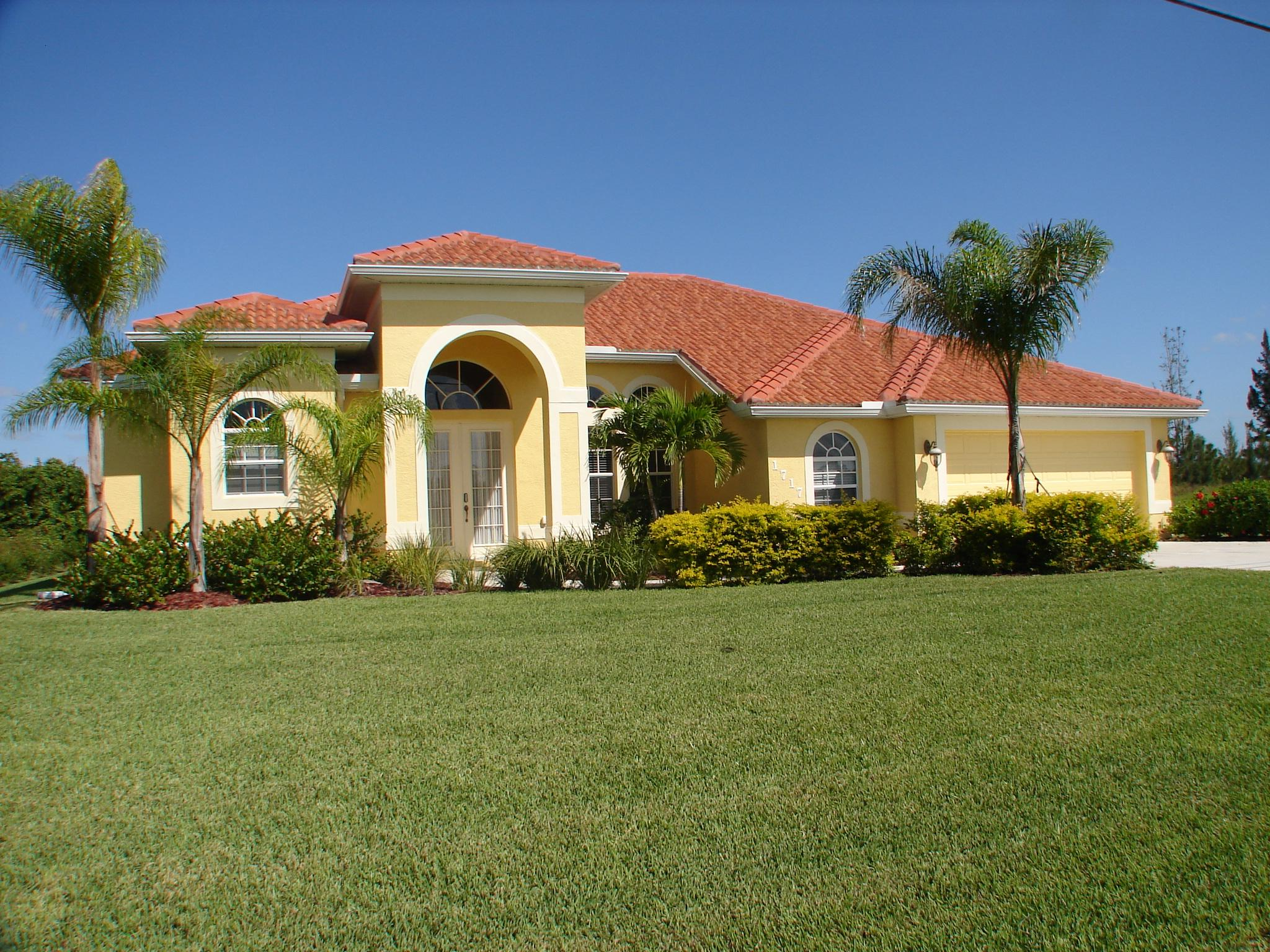 Gulf coast holiday homes are located in the beautiful gulf for Gulf coast home builders